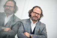 """Autoperiskop.cz  – Výjimečný pohled na auta - Oliver Stefani, šéfdesignér značky ŠKODA: """"Design vytváří emoce"""""""