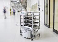 Autoperiskop.cz  – Výjimečný pohled na auta - Video: ŠKODA AUTO v závodě ve Vrchlabí používá plně autonomního transportního robota