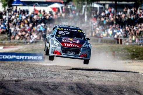 Autoperiskop.cz  – Výjimečný pohled na auta - Modernizovaný PEUGEOT 208 WRX ve Švédsku prokázal svůj potenciál, přestože Team Peugeot Total nedosáhl stupňů vítězů
