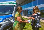Autoperiskop.cz  – Výjimečný pohled na auta - Dodávka zapůjčená AAA AUTO rozváží jídlo potřebným a pomáhá v boji s plýtváním