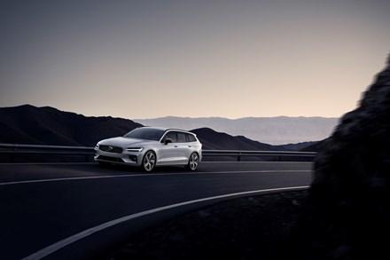 Autoperiskop.cz  – Výjimečný pohled na auta - Společnost Volvo Cars hlásí, že z hlediska prodeje zaznamenala své zatím nejúspěšnější pololetí