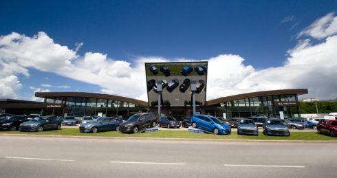 Autoperiskop.cz  – Výjimečný pohled na auta - Auto Palace Butovice slaví jubilejních 20 let na trhu