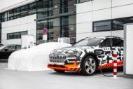 Autoperiskop.cz  – Výjimečný pohled na auta - Mobilita bez hranic: Audi e-tron Charging Service s komplexní nabídkou služeb pro nabíjení