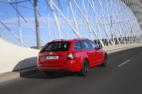 Autoperiskop.cz  – Výjimečný pohled na auta - Ekologická alternativa: ŠKODA OCTAVIA G-TEC nyní s vyšším výkonem a prodlouženým dojezdem na zemní plyn