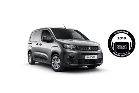 Autoperiskop.cz  – Výjimečný pohled na auta - Nový PEUGEOT PARTNER : International Van Of The Year 2019