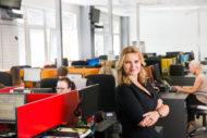 Autoperiskop.cz  – Výjimečný pohled na auta - Call centrum AAA AUTO slaví dvacetiny expanzí do Polska a na Slovensko