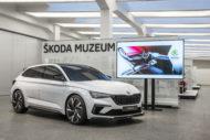 Autoperiskop.cz  – Výjimečný pohled na auta - Budoucnost ve ŠKODA Muzeu: Hliněný model konceptu ŠKODA VISION RS v reálné velikosti