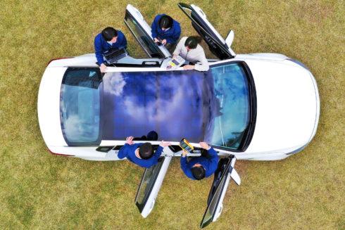 Autoperiskop.cz  – Výjimečný pohled na auta - Hyundai odhalil supertechnologii solárního nabíjení, která přispěje k plnění emisních cílů globální legislativy