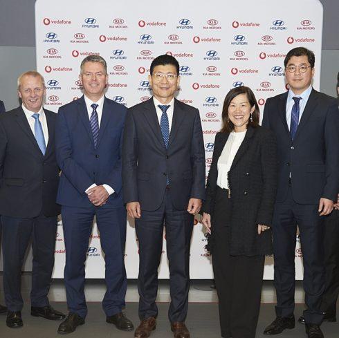 Autoperiskop.cz  – Výjimečný pohled na auta - Hyundai a Kia uzavřely strategické partnerství s firmou Vodafone