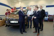 Autoperiskop.cz  – Výjimečný pohled na auta - Hyundai Motor Czech daroval studentům automobil pro studijní účely