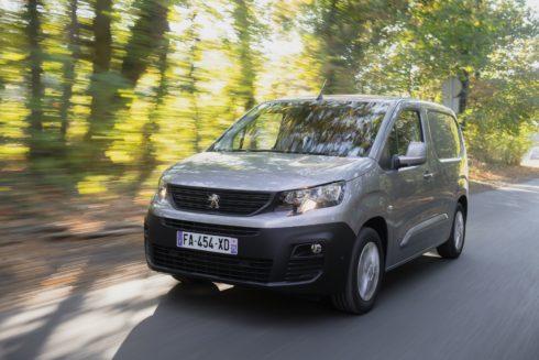 Autoperiskop.cz  – Výjimečný pohled na auta - Nový PEUGEOT PARTNER: Ovládnout nemožné