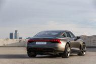 Autoperiskop.cz  – Výjimečný pohled na auta - Nová hvězda ve filmové metropoli –  Audi e-tron GT concept