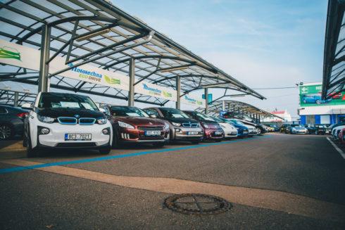 Autoperiskop.cz  – Výjimečný pohled na auta - Ojeté hybridy a elektromobily jsou na vzestupu, v AAA AUTO pro ně otvírají specializovanou sekci