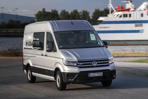 Autoperiskop.cz  – Výjimečný pohled na auta - Volkswagen Užitkové vozy představuje na e-Salonu v Letňanech nový e-Crafter
