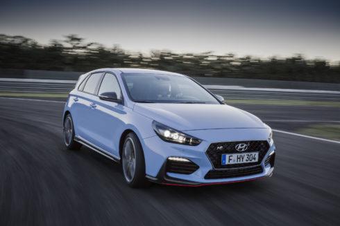 """Autoperiskop.cz  – Výjimečný pohled na auta - Hyundai i30 N vítězem ankety """"Sports Cars of the Year 2018"""""""