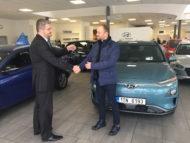 Autoperiskop.cz  – Výjimečný pohled na auta - Hyundai KONA Electric bude sloužit výzkumníkům z vysoké školy v Ostravě