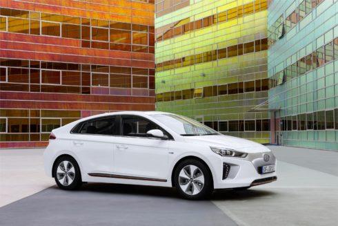 Autoperiskop.cz  – Výjimečný pohled na auta - Hyundai IONIQ Electric je nejčistším evropským vozem