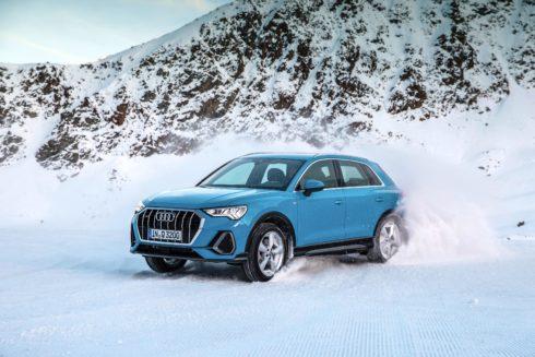 """Autoperiskop.cz  – Výjimečný pohled na auta - Vítězný typ: nové Audi Q3 zvítězilo v čtenářské anketě """"Best Cars"""""""