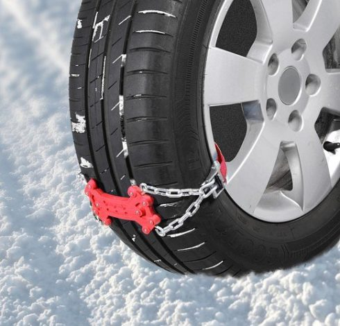Autoperiskop.cz  – Výjimečný pohled na auta - Jak si poradit, když s autem zapadnete ve sněhu