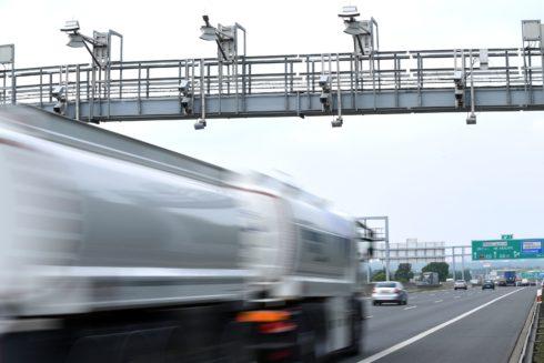 Autoperiskop.cz  – Výjimečný pohled na auta - České kamiony jezdí stále kratší trasy, hlavně doma a do Německa