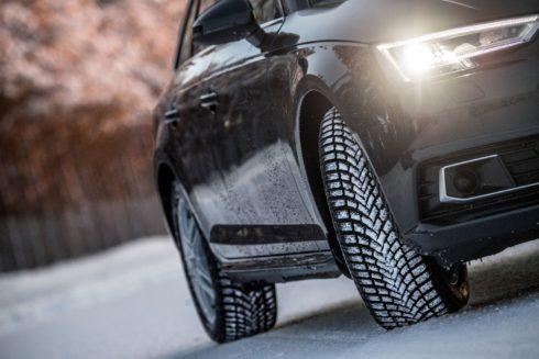 Autoperiskop.cz  – Výjimečný pohled na auta - Nová zimní pneumatika Bridgestone Blizzak LM005 poskytuje řidičům pocit jistoty a bezpečí v nepříznivých podmínkách