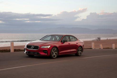 Autoperiskop.cz  – Výjimečný pohled na auta - Automobilka Volvo Cars zavede u všech svých vozů omezení maximální rychlosti na 180 km/h, čímž chce upozornit na rizika spojená s rychlou jízdou