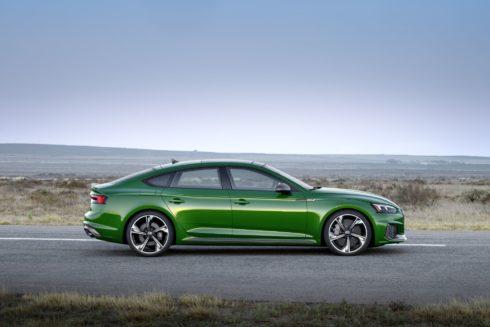 Autoperiskop.cz  – Výjimečný pohled na auta - Suverénní jízdní výkony a emocionální design:  Audi RS 5 Sportback lze již objednávat