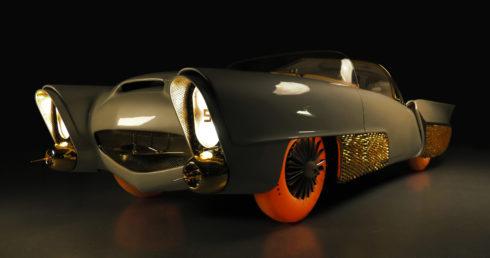 Autoperiskop.cz  – Výjimečný pohled na auta - Světová premiéra zrestaurované studie autonomního vozu z 50. let Golden Sahara II s pneumatikami Goodyear