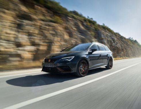 Autoperiskop.cz  – Výjimečný pohled na auta - Leon CUPRA R ST přináší novou úroveň jedinečnosti, sofistikovanosti a výkonnosti