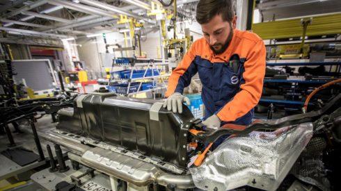Autoperiskop.cz  – Výjimečný pohled na auta - Společnost Volvo Car Group podepsala se společnostmi CATL a LG Chem smlouvy na dodávku akumulátorů v hodnotě několika miliard dolarů