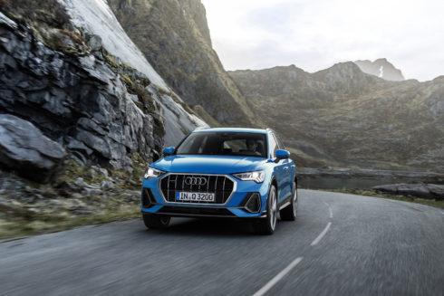 """Autoperiskop.cz  – Výjimečný pohled na auta - """"International Engine of the Year"""": Motor Audi 2.0 TFSI zvítězil ve své třídě"""