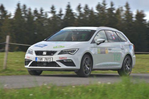 Autoperiskop.cz  – Výjimečný pohled na auta - SEAT slaví další triumf v soutěži Czech New Energies Rallye
