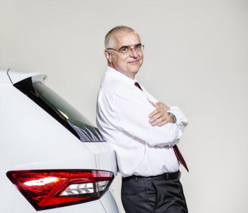 Autoperiskop.cz  – Výjimečný pohled na auta - Změna ve vedení společnosti ŠKODA: Vedoucí závodu v Kvasinách se v rámci koncernu přesune do Číny