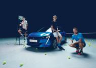 Autoperiskop.cz  – Výjimečný pohled na auta - Peugeot e-208 hvězdou French Open 2019