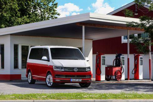Autoperiskop.cz  – Výjimečný pohled na auta - Volkswagen Užitkové vozy dodal od začátku roku 215 000 automobilů