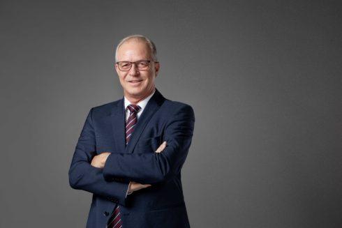 Autoperiskop.cz  – Výjimečný pohled na auta - Carsten Isensee je novým finančním šéfem společnosti SEAT