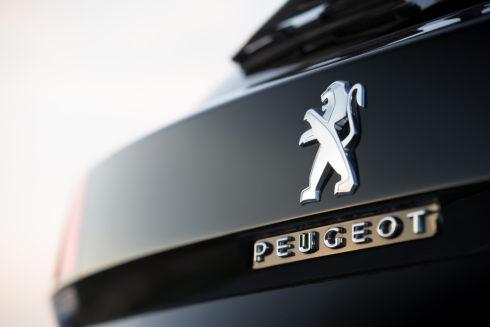 Autoperiskop.cz  – Výjimečný pohled na auta - Peugeot vČR má nový rekord: 1468 vozů