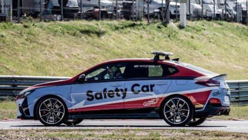Autoperiskop.cz  – Výjimečný pohled na auta - Flotila vozů Hyundai přináší autodromu posílení bezpečnosti a jistotu včasné pomoci