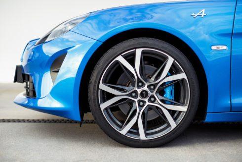 Autoperiskop.cz  – Výjimečný pohled na auta - Goodyear obsadil první místo v testu webu Tyre Reviews