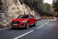 Autoperiskop.cz  – Výjimečný pohled na auta - Kompaktní atleti: Audi RS Q3 a Audi RS Q3 Sportback