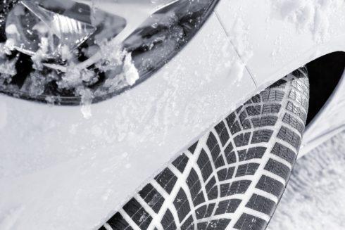 Autoperiskop.cz  – Výjimečný pohled na auta - Goodyear UltraGrip Performance+ vítězem testu zimních pneumatik magazínu Auto Bild sportscars