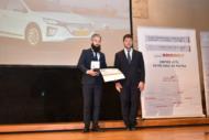 """Autoperiskop.cz  – Výjimečný pohled na auta - Hyundai IONIQ Electric získal titul """"Český energetický a ekologický projekt roku"""""""