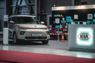 Autoperiskop.cz  – Výjimečný pohled na auta - KIA na veletrhu čisté mobility e-Salon představila techniku modelu e-Niro. Zároveň nabízí návštěvníkům testovací jízdy svých elektromobilů s dojezdem až 648 km