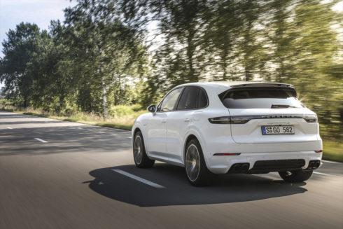 Autoperiskop.cz  – Výjimečný pohled na auta - Porsche v dobré formě díky sedmiprocentnímu nárůstu tržeb