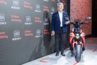 Autoperiskop.cz  – Výjimečný pohled na auta - SEAT zakládá obchodní jednotku pro podporu městské mobility a představuje koncepční motocykl e-Scooter