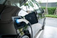 Autoperiskop.cz  – Výjimečný pohled na auta - Ekologická auta? Evropa nad ČR vede až desetinásobně. Poměr má změnit podpora státu i počet plniček