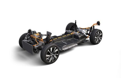 Autoperiskop.cz  – Výjimečný pohled na auta - Automobilka Volvo Cars dnes ve své gentské továrně slavnostně otevírá novou montážní linku na akumulátory
