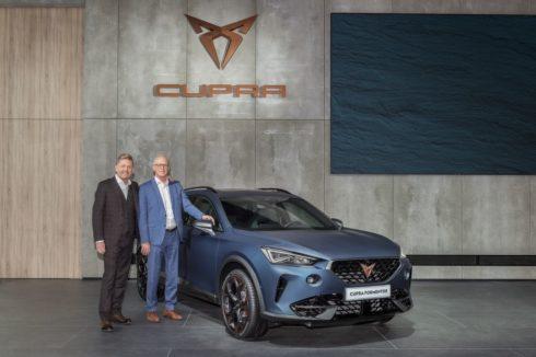 Autoperiskop.cz  – Výjimečný pohled na auta - SEAT a CUPRA realizují svou elektrickou ofenzivu