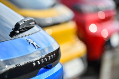 Autoperiskop.cz  – Výjimečný pohled na auta - Peugeot v ČR v únoru čtvrtý