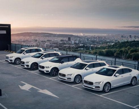 Autoperiskop.cz  – Výjimečný pohled na auta - Společnost Volvo Cars usiluje o zmírnění dopadu pandemie koronaviru
